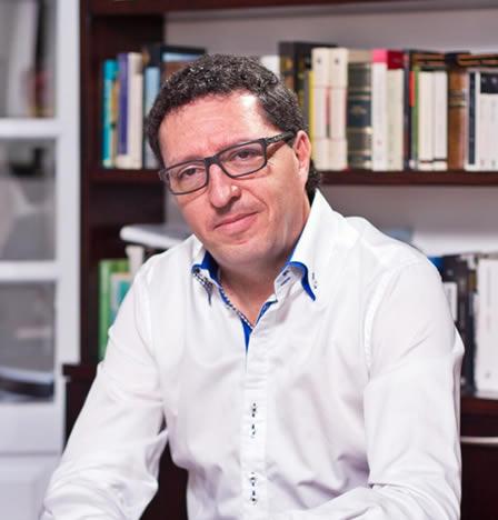 Óscar Vela Descalzo