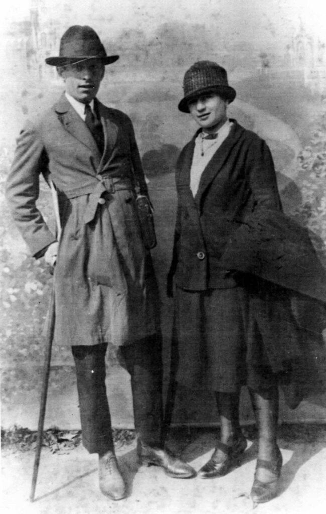 Benjamin Carrion with his wife Agueda Eguiguren in Bonsecours, France, 1927.